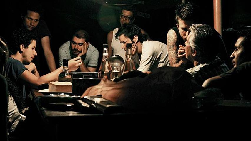 Rubén Mendoza (a la izquierda) en grabación de 'Tierra en la lengua' - Imagen Facebook de la cinta
